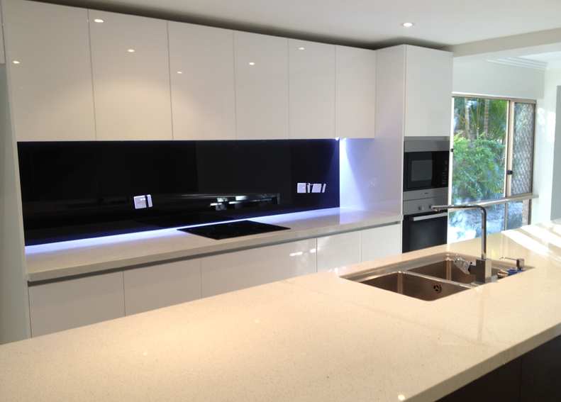 Black Mirror Splashback Splashback White Mirror