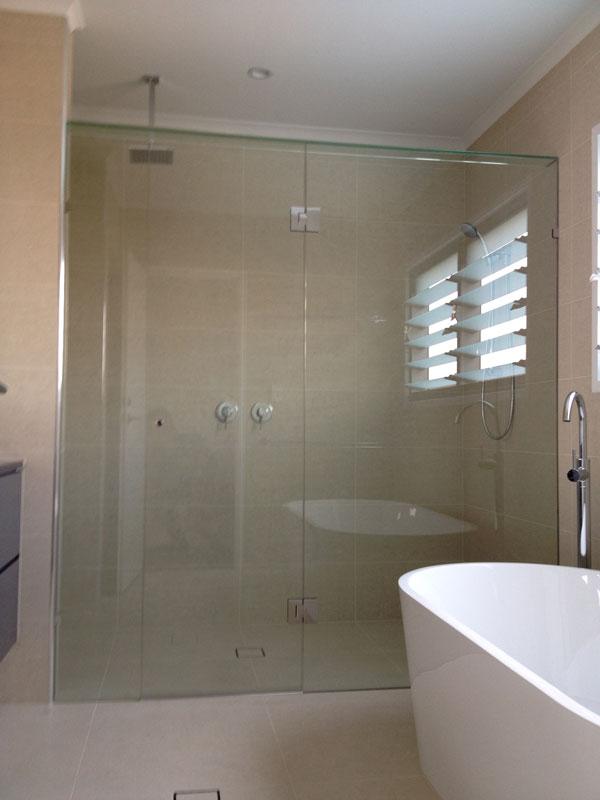 Shower Screens Gold Coast oasis glass » showers screens